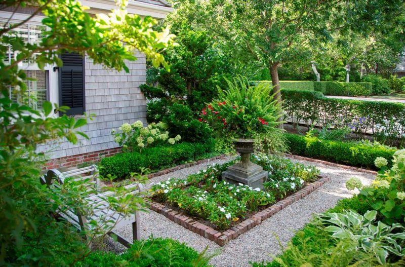 Ideas to Perk Up Side Yard (15)
