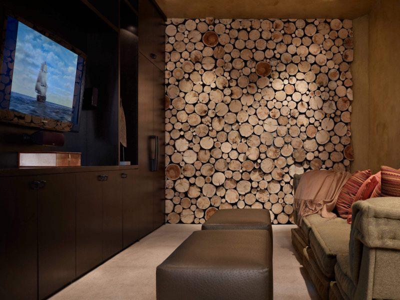 Mountain style family room photo in Denver