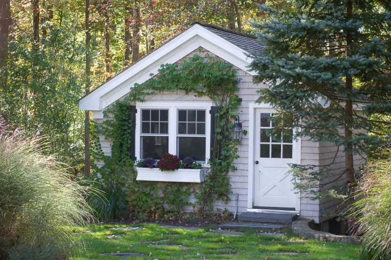 Traditional Granny Flat or Shed, New York